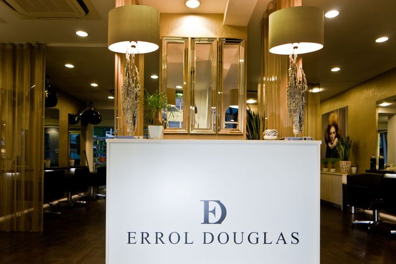 Errol-Douglas-salon