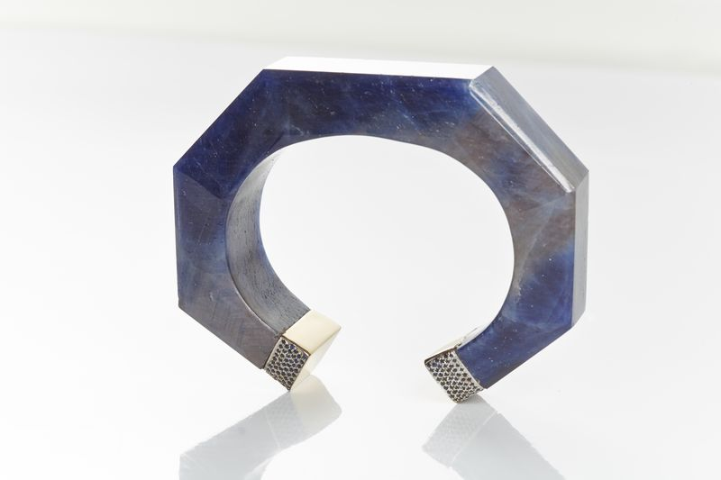 Neverending Bangle designed by Jade Jagger available on 1stdibs.com. Sapphire with Sapphire Pave. 18k Gold. 787 cts Sapphire. -�4,360